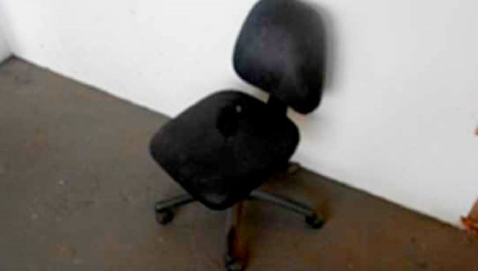 Foto - 05 Cadeiras Giratórias - [1]