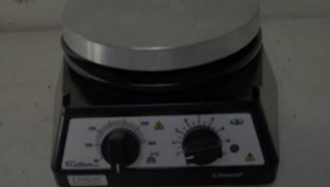 Foto - 01 Agitador Magnético Fisatom - [1]