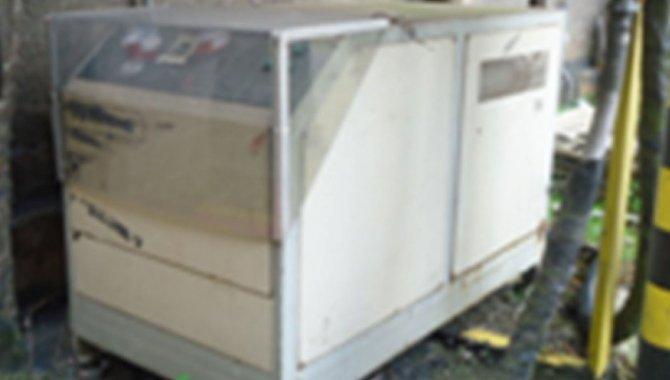 Foto - 01 Unidade de Água Gelada Refrisat Santana - [1]