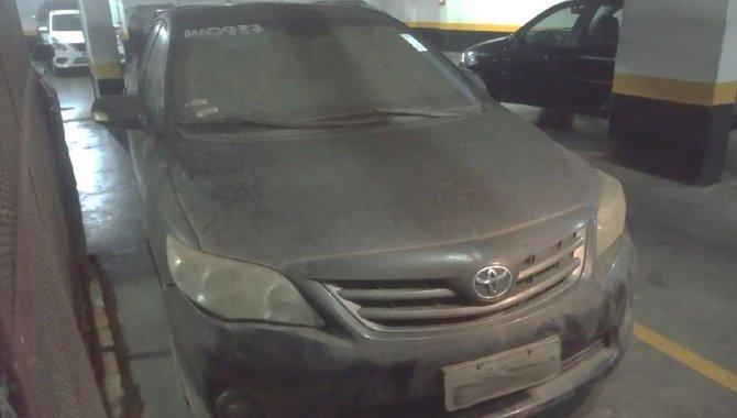 Foto - Carro Toyota Corolla - 2013/2014 - [1]