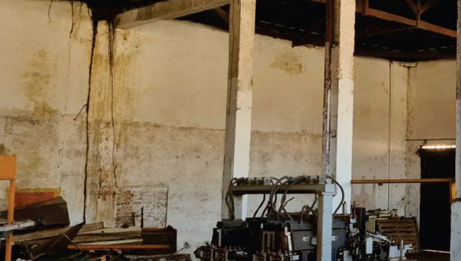 Foto - Casa e Imóveis Comerciais 968 m² - Vila Christoni - Ourinhos - SP - [8]